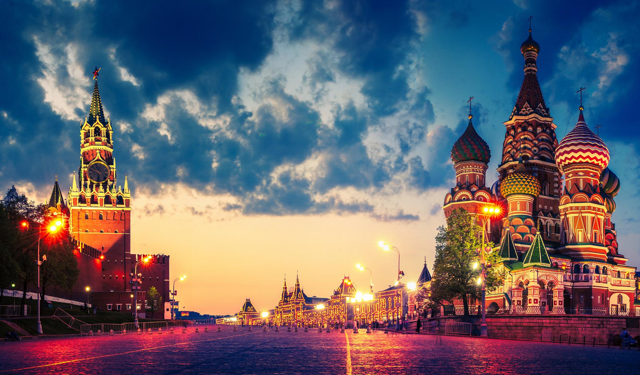 تور روسیه ( 3 شب مسکو + 4 شب سن پترزبورگ ) از اصفهان