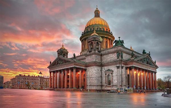 تور روسیه (سنت پتر زبورگ -مسکو ) – 6 مرداد ماه