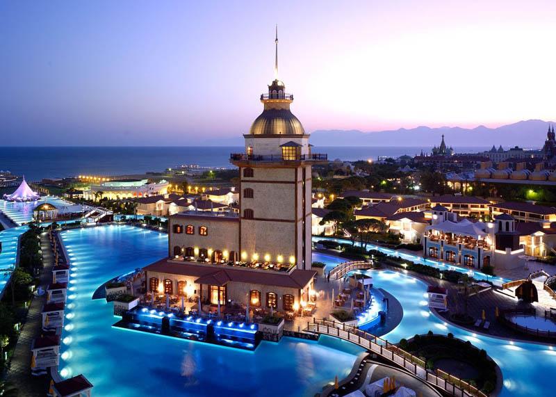تور استانبول – پرواز ترکیش (رفت هر روز هفته ) – از اصفهان