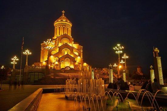 135 – تور گرجستان ( 25 مرداد به 1 شهریور ماه ) از اصفهان